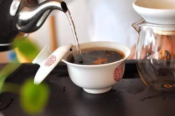 茶业界新宠 漫谈陈皮普洱茶的特别之处