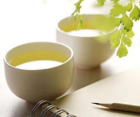 秋冬季巧喝绿茶 教你搭配暖暖的陈皮绿茶