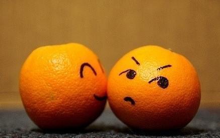 橘子该怎么判断甜不甜呢?